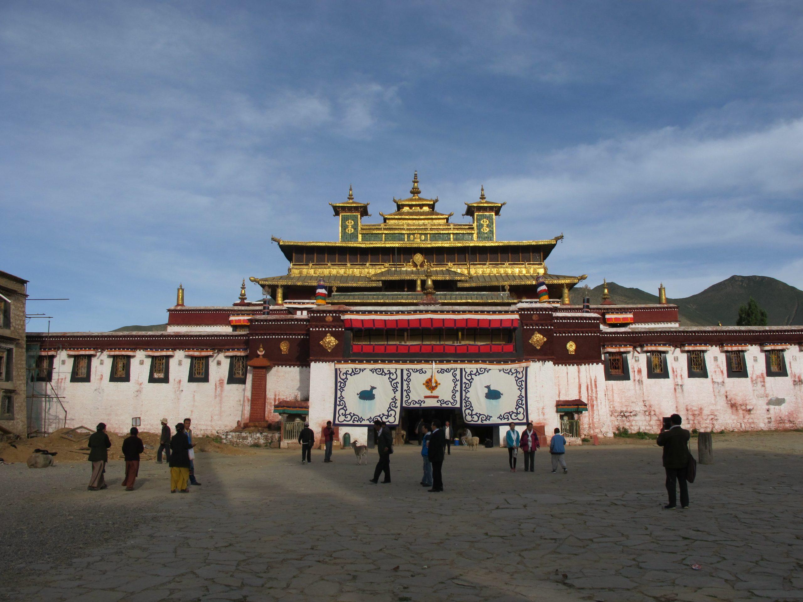 viajar al tibet, viaje al tibet, tibet road, tibet, nepal, carretera de la amistad, friendship highway, viajar por carretera de nepal al tibet, viajar por carretera del tibet a nepal, Monasterio de Samye, samye, samye monastery