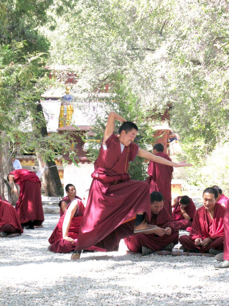 viajar al tibet, viaje al tibet, viaje al tibet y nepal, viajar a nepal y tibet, carretera de la amistad, viajar por libre por el tibet, viaje por los himalayas. lhasa, la ciudad prohibida. lasa, capital del tibet. historia de lhasa. monasterio del potala, jokhang, barkhor street, monasterio de sera,