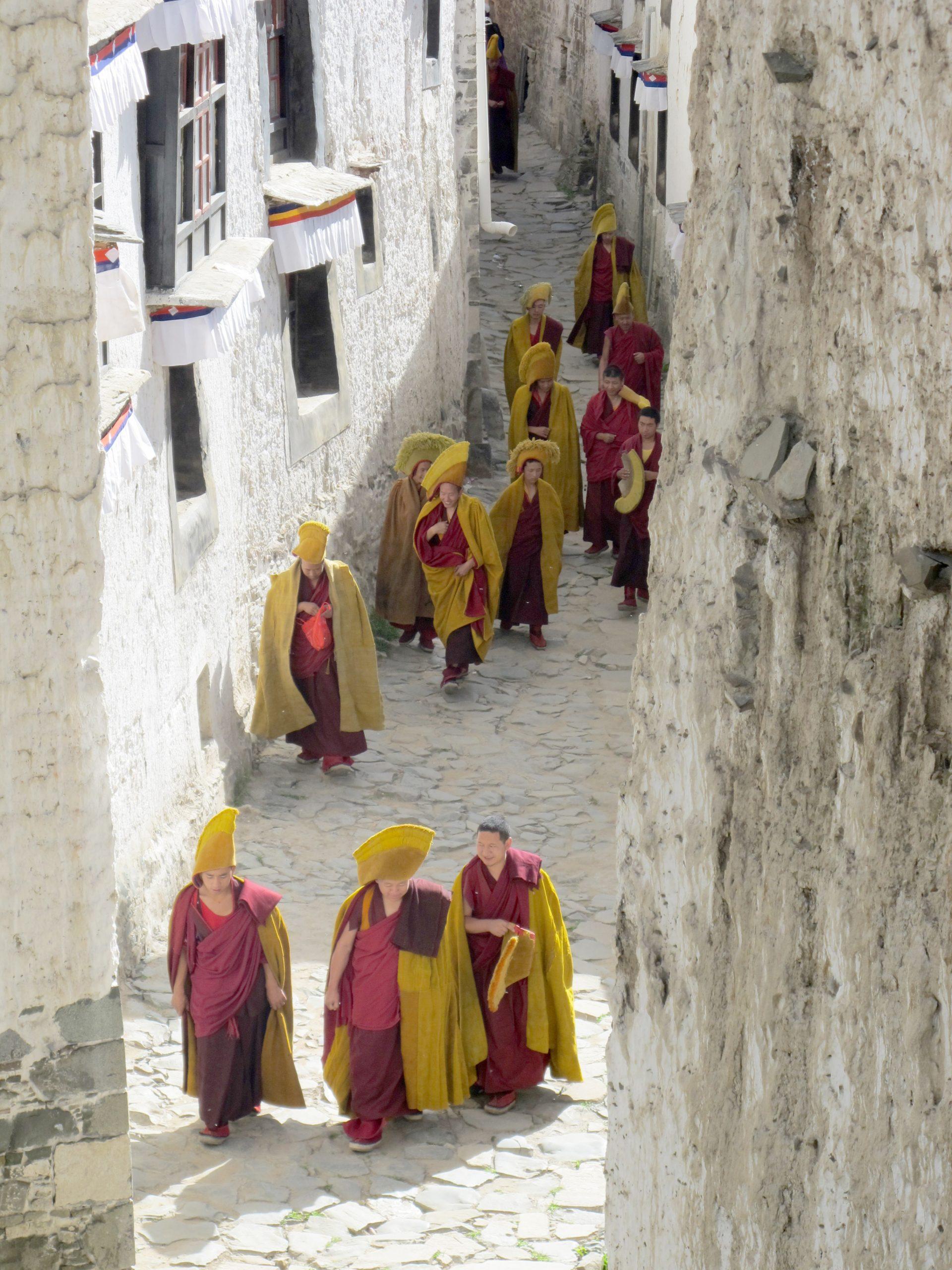 carretera de la amistad, friendship highway, viajar al tibet, viaje al tibet, tibet road, Shigatse, Monasterio de Tashilhunpo, tashilhumpo monastery, panchen lama