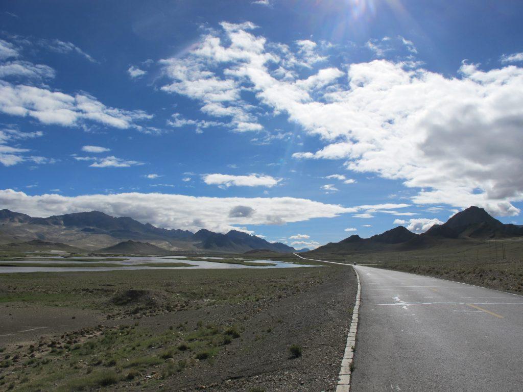 Parque Natural del Mt. Everest o Qomolangma en el Tibet. Viajar al Tibet. Viaje al Tibet. Carretera de la Amistad. Friendship highway