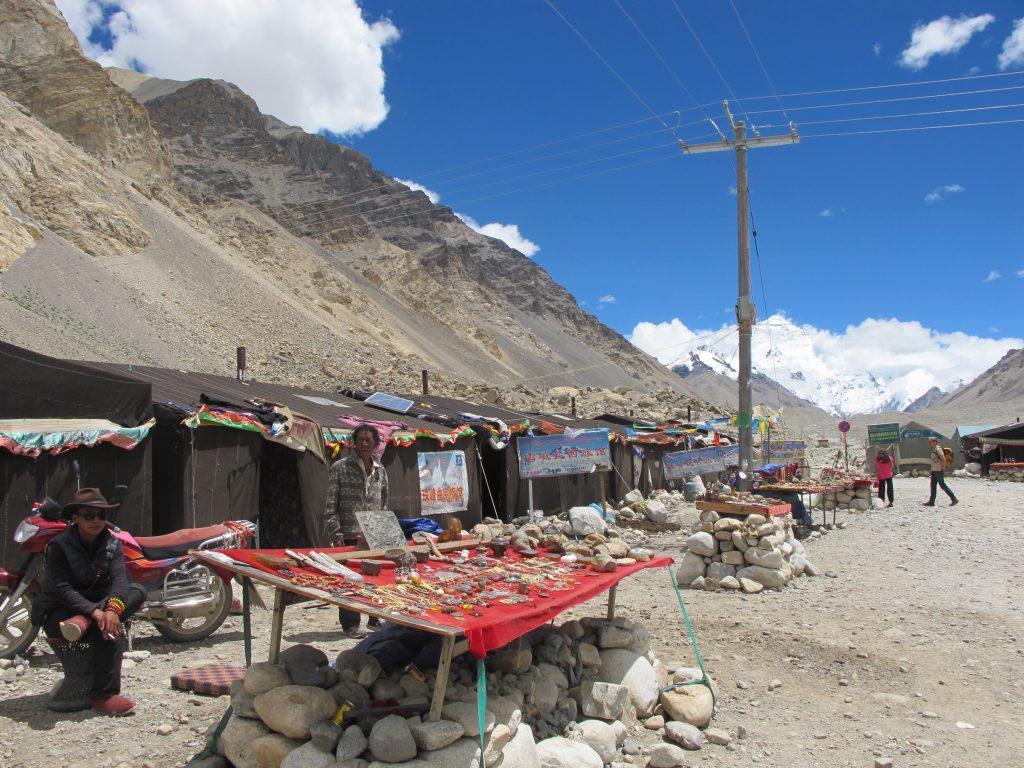 Campo Base del Everest en el Tibet. Rongbuk. Carretera de la amistad. Viajar al Tibet. Viaje al Tibet. Carretera de la Amistad. Friendship highway