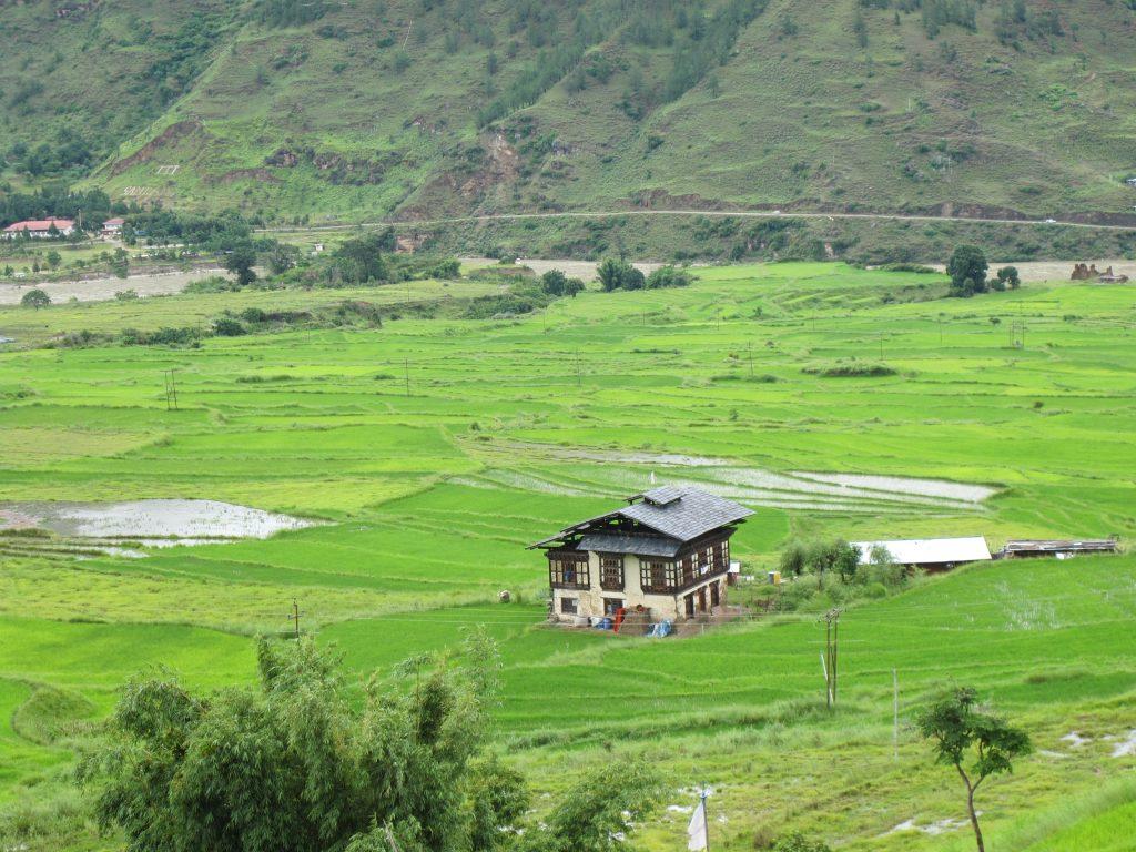 Metshina en Butan. Viajar a Butan. Viaje a Bhutan.