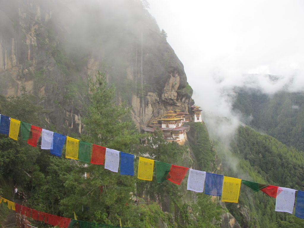 Monasterio de Taktsang. Viaje a Bhutan en agosto. Viajar a Butan en agosto. Subir al nido del Tigre.