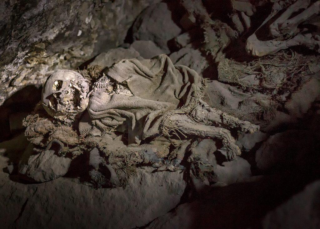 Momias de Coquesa en el salar de uyuni