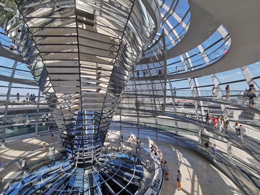 cúpula del reichtag, cúpula Norman Foster, berlin, viaje a berlin, viajar a berlin, berlin en dos dias, berlin en 3 dias.