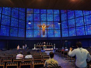 Iglesia Kaiser-Wilhelm-Gedächtniskirche, visitar Berlin, Iglesia Memorial Kaiser Wilhelm, berlin en 2 Dias, berlin en 3 dias, berlin en 4 días, iglesia nueva de berlin